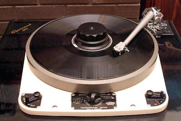 Garrard 301 Turntable. Garrard 301 fully restored