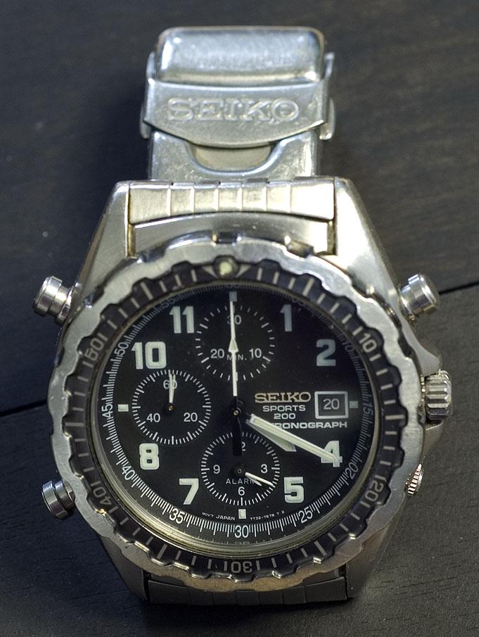seiko 7t32 chronograph help needed rh forums watchuseek com Seiko Alarm Chronograph 7T62 Old Seiko Watches